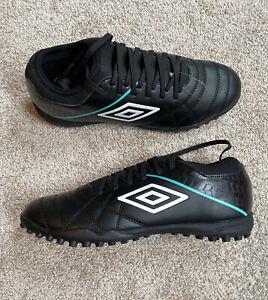 Mens Size 10.5 Umbro Soccer Turf Shoes Black