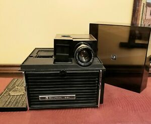 Vintage 1974 Bell & Howell Slide Cube Projector #991 with Remote