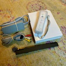 Nintendo Wii White Console Bundle GameCube-Compatible OEM Controller