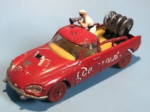CORGI TOYS 510 CITROEN DS TOUR DE FRANCE MANAGERS CAR VERY RARE RED WHEEL TYRES
