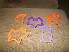 Unbranded  Lot of 6 Plastic Halloween Cookie Cutters EUC