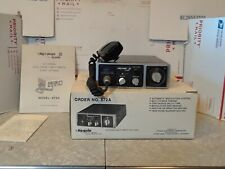 1975 Vintage Hy Gain - Hy Range III 23 channel CB radio With Mic & instructions