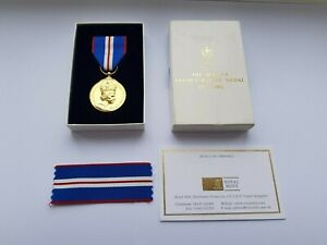 OFFICIAL 2002 QUEEN ELIZABETH II GOLDEN JUBILEE MEDAL,BOXED,COA,MINT