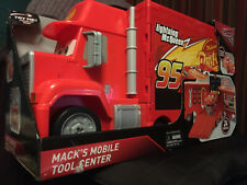 Disney Pixar Cars 3 Mack's Mobile Tool Center Playset NEW w/ Lightning McQueen