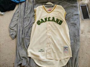 Mitchell Ness MLB Oakland A's 1968 HOF Rollie Fingers #34 3XL/SZ56 Vest Jersey