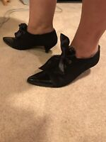 Kenneth Cole Black Suede Patent Leather Heels Dress Shoes Women's Size 9.5 B