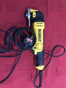 DEWALT DWE315B-GB 230V 300W Corded Multi Function Tool