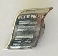We The People American Constitution Document Pin Badge Rare Vintage (L46)