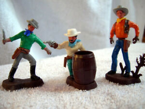 Vintage Britains Ltd Swoppet Cowboys, Set of 3