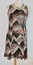 GORGEOUS VINTAGE DRESS IN POLYESTER WHITE & BROWN COLOR W/ ABSTRACT PRINT MEDIUM