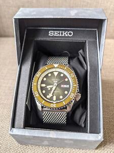 Seiko 5 Sports SRPD75K1 Green Dial Automatic Watch Steel Mesh Bracelet NEW