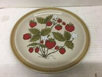 """Vintage Country Living Stoneware Strawberry Patch 7 1/2"""" Dessert/ Salad Plate"""