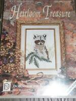 "HEIRLOOM TREASURE Counted Cross Stitch Kit - RACOON - 5"" x 7"""