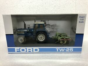 "Universal Hobbies Ford TW25 and Bomford cultivator set ""still hard at work"" BNIB"
