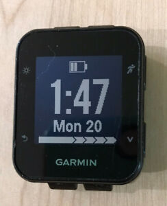 Garmin Forerunner 35 watchface and charger