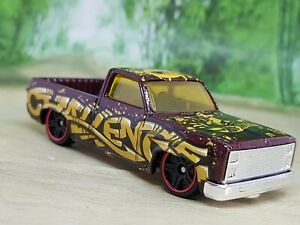 Hotwheels '83 Chevy Silverado Pickup - Excellent Condition