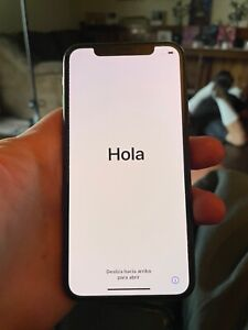Great Condition Apple iPhone XS - 64GB - Gold - Factory Unlocked MTA22LL/A