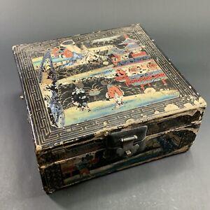 BEAUTIFUL ANTIQUE JAPANESE WOODEN LAQUER BOX HAND PAINTED ARTWORK PAGODA GEISHA