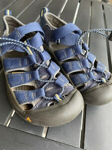 Kids Brown Keen Sport Sandals-Size 1 Youth Big Kid Blue