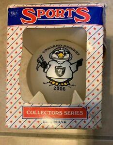 "2006 Oakland Raiders Christmas 3.25"" Ball Ornament NEW in box Topperscott"