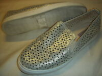 Isaac Mizrahi Live Ashley SOHO Leather Sneakers Womens 9.5 M Gold Perforated +
