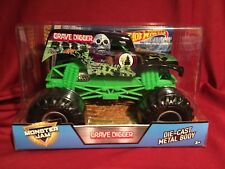 """2017 HOT WHEELS MONSTER JAM """"BAD TO THE BONE"""" GRAVE DIGGER 1:24 SCALE Grey Rims"""