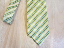 Il Museo di seta di lavoro NEW Mills Braintree Mano TESSUTA Cravatta