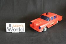 "(?) Mercedes-Benz 220S 1:18(?) red ""Fire Chief"" plastic model (JS)"