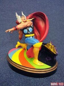 Diamond Select Toys Marvel Premier Collection Thor Statue John Buscema