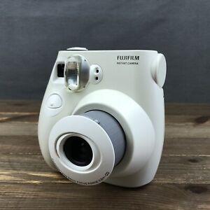 Fujifilm Instax Mini 7S Medium Format Instant Film Camera White Tested, Working