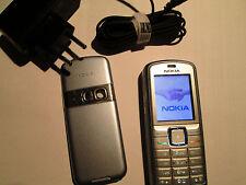 Nokia 5070 RM 166 silber Lader gebraucht Art. Nr. 148 X
