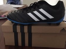 Adidas Youth Size US 5 Soccer Boots Cleats