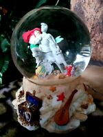 LITTLE MERMAID: ARIEL,FLOUNDER,SEBASTIAN,ERIC DISNEY MUSICAL SNOW GLOBE,NEW,MINT