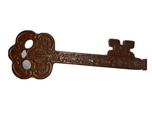 Wood Carved Key Shaped Key Rack Holder Hanger Wood Wooden Hooks Wall Plaque J