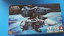 1/72 Macross VF-1S Hasegawa Strike Valkyrie model kit
