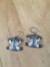 Swivel Frog Stud Earrings 925 Sterling Silver 2-Piece Gives Independent Movement
