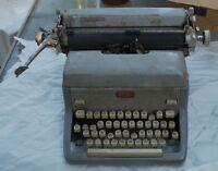 """VTG Royal Typewriter Key Magic Margin 12"""" Carriage"""