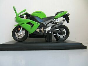 Kawasaki Ninja ZX10R '04 Small Toy Motorcycle, Excellent Condition.
