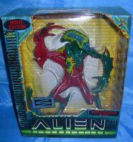 "Alien Resurrection BATTLE SCARRED ALIEN 8"" Figure Hasbro Signature Series 1997"
