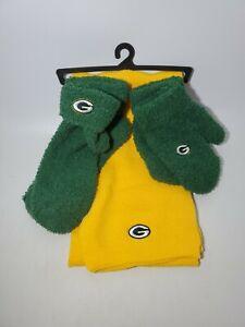 NFL Greenbay Packers Team Gift Set Scarf Mittens & Socks New