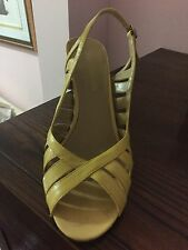 BANDOLINO all Leather tan designer shoes size 7 1/2