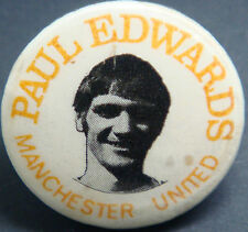 MANCHESTER UNITED Player from 1969-1973 PAUL EDWARDS Badge 31mm x 31mm