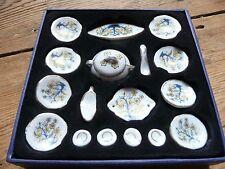 Vintage Dolls house Porcelain China crockery dining tableware plates - boxed VGC