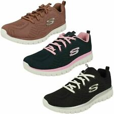 Ladies Light Weight Skechers Trianers : GET CONNECTED