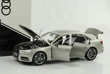 Audi 2017 A4 L Quattro extended for China silber 1:18 Händler Edition