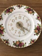 """Royal Albert """"Old Country Roses"""" Clock"""