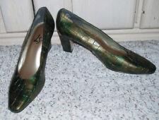 New~LifeStride Life Stride Croc Pattern High Heel Dress Shoes~Green~8.5 B~Brazil