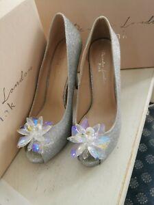 Pink Savannah Stiletto heels silver beaded Detail Front Size 7 size 40 BNIB