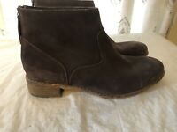 Skechers Women's Rear Zip Ankle Boots Chocolate Brown Suede Leather Size 10