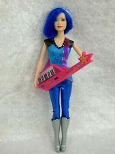 MATTEL  Poupée Barbie Amies Rock et Royales  Zia